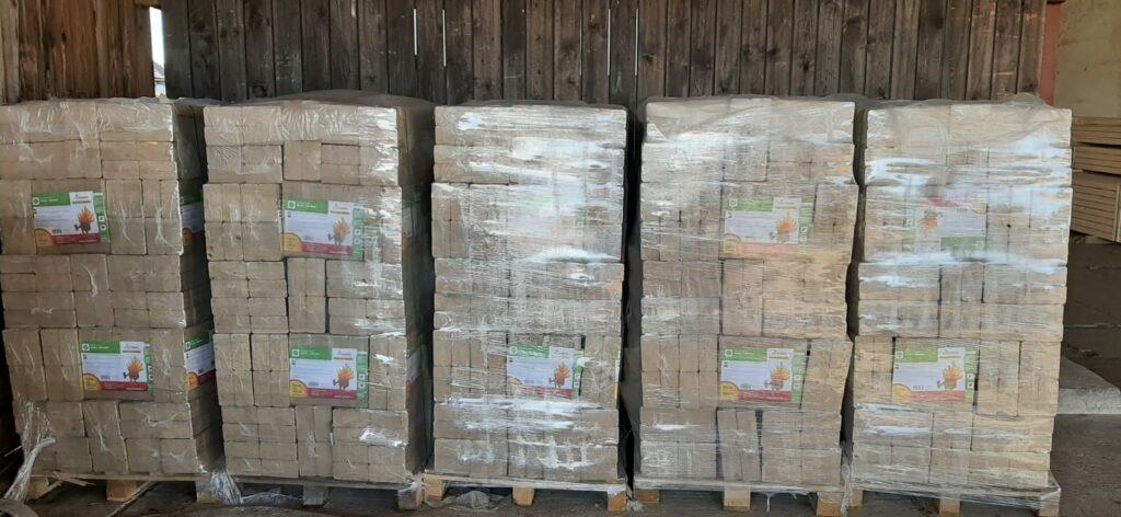 Dřevěné brikety - palety